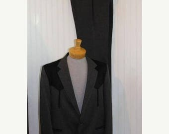 On Sale 50% OFF Vintage Men's Gray and Black Circle S Tailored Apparel Western Suit Jacket Blazer Coat Pants Suit Size 44L  Made in Usa