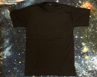 Vintage Best Fruit of the Loom Plain Black T-Shirt