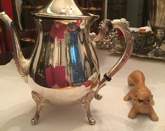 Leonard Silverplate Tall Coffee Pot/Teapot Server Holiday