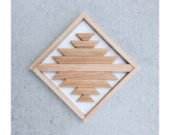DIAMOND - Azctec Cedar Wood Minimal Chic Decor
