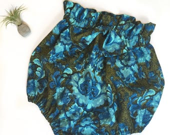 High Waisted Bow Front Bloomers Shorts in Vintage Cotton Fabric Made to Order in sizes 6 mo to 3 T