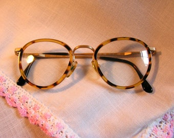 Giorgio Armani Vintage Tortoise and Gold Round 159 789 Eyeglasses 46-22-140Made in Italy