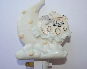 Lexox White Porcelain Baby Nursery Nightlight - Vintage Nightlight - Childrens Bedroom Accessory - Noah Ark Decor