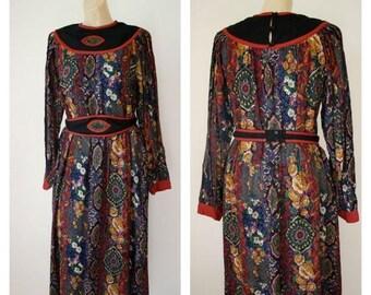 Sale Vintage Modest Ethnic Dress / 1970's Tribal Dress / Paisley Dress / Vtg India Cotton Dress / 1970s Bohemian Dress / Shakti Dress M/L