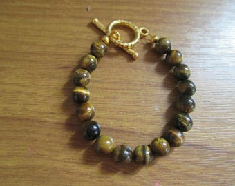 brown tigers eye with gold plated clasp