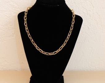 Vintage Gold Tone Large Oval Link Chain Necklace