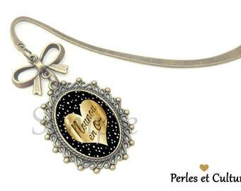 Nanny - gold cabochon heart bookmark
