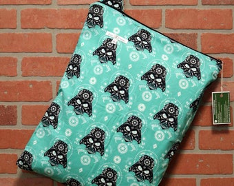 Cloth Diaper Wetbag, Star Wars, Diaper Pail Liner, Diaper Bag, Day Care Size, Holds 12 Diapers, Size Large with Handle  #L98
