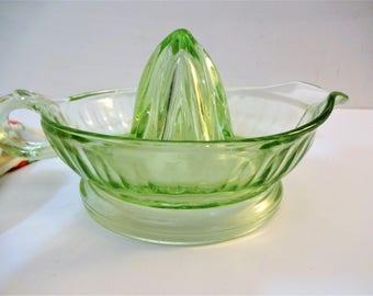 Vintage Green Depression Glass Citrus Juicer - 1930's Uranium Glass Reamer - Vaseline Glass Juicer - Art Deco - Barware - Kitchenware