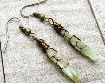 Kyanite Earrings, Green Kyanite Crystal, Kyanite Crystals, Kyanite Jewelry, Bohemian Earrings, Boho Earrings, Earthy Earrings, Rustic Jewels