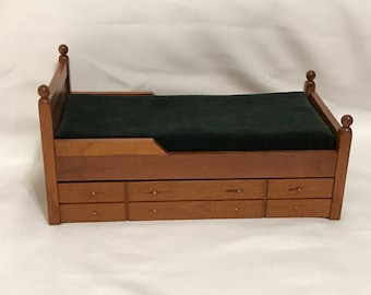 """Dollhouse Miniature 1"""" Scale Trundle Bed"""