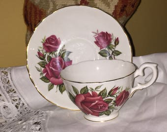 Country English Garden Crown Staffordshire Floral Bone China Teacup and saucer