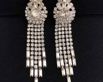 Vintage Prong Set Rhinestone Dangling Clip On Earrings, ca 1950s
