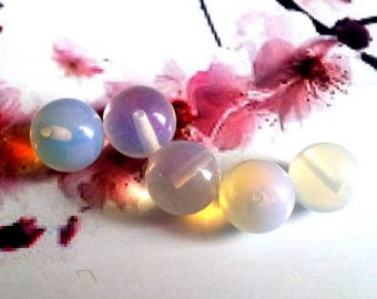 1 Pearl, Opal, round, semi-percee for bail to stick