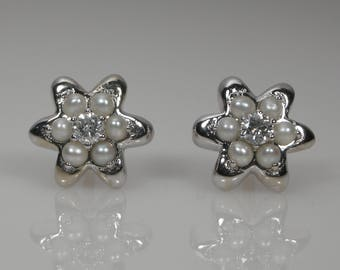 Flower Diamond & Cultured Pearls Stud Earrings 18k White Gold