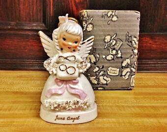 ViNTAGE NAPCO JUNE BiRTHDAY ANGEL FiGURINE, WeDDing Rings DeCOR FiGURINE, PoRcELAiN BiRTHday AnGel with OriGINaL boX. A NapCO CeRAMiC JaPAN