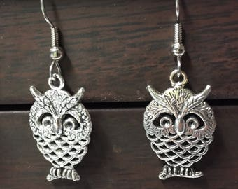 Owl earrings-silver owl-Wise Owl-Owl charm-hoot-Hedwig-Archimedes-owl jewelry-horned owl-Dangle earrings-gift for her-bird earrings