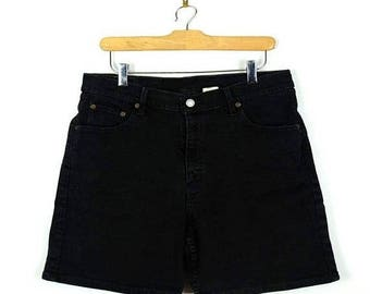 ON SALE Vintage Levi's 550  Black  Denim Shorts from 90's*