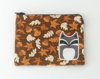 Zipper Pouch with Raccoon on Acorn Fabric - Earbud Holders 5x4 inch - Coin Pouches - Gift Card Holder - Organizing Supplies - Gifts for Her