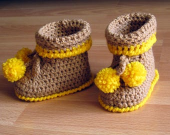 Tassel 6-12 month baby booties crochet N 002