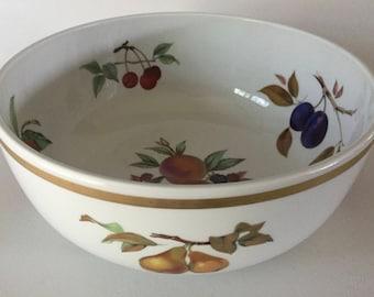 """Royal Worcester EVESHAM Gold 10 1/4"""" Salad Serving BOWL England Porcelain 1961 Vintage"""