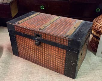 Vintage Tin covered, Wood Barred Doll Trunk, 1913 old paper, Americana Trunk, Fixer upper, Victorian Trunk, Barred Trunk, Display Trunk