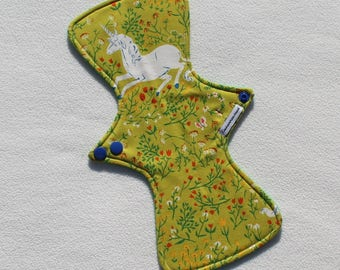 """Cotton Flannel Topped. Reusable Modern Cloth Pad featuring a unicorn print  (29cm/11.5"""")"""