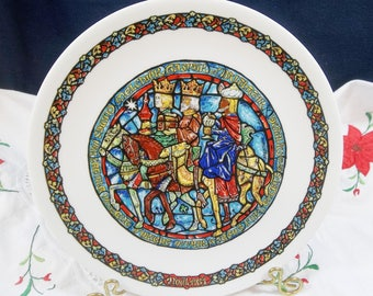 Noel Vitrail Stained Glass Christmas Guided by the Stars 1981 Guides Par L'Etoil 7th in Series D'Arceau-Limoges Collector Plates