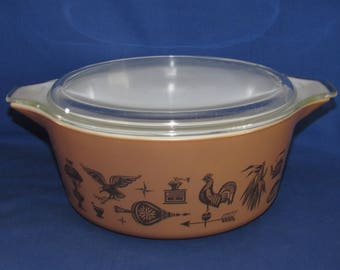 PYREX EARLY AMERICAN Large Casserole Dish 475 with Lid