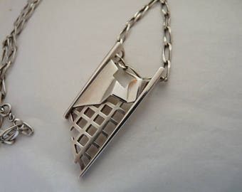 Studio modernist constructivist individual 1960s artistic sterling silver signed pendant with hand made chain