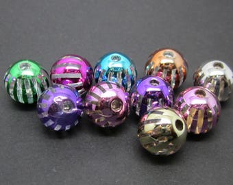 10 round acrylic beads, 10 mm, mix of colors.