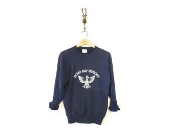 Vintage Raglan Sweatshirt / Echo Bay Resort Wisconsin Sweatshirt