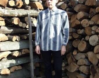 ON SALE 80's vintage men's gray-white striped shirt