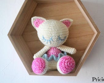 Amigurumi Cat dancer star with crochet