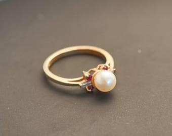 """Yellow 14K Gold """"Elegant Pearl Ring with 4 Rubies, 2 Baguette Diamonds""""  - 5.75 mm White Pearl, 2.3 Grams Total Weight"""