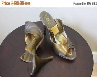 December Sale 1950s bronze spring-o-lator heels | 50's Mid Century MCM Glamour