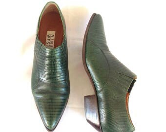 90's Nine West Green Faux Reptile Booties Sz. 8 1/2 M