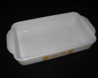 Vintage Fire King Wheat pattern 12 inch 1 1/2 quart casserole, milk glass