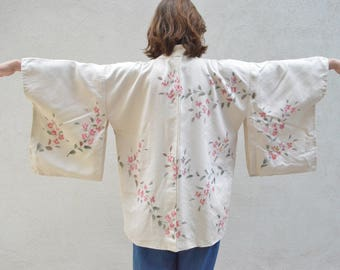 Vintage silk Japanese kimono haori  - wear as jacket or as a brial robe - creamy white with pink floral