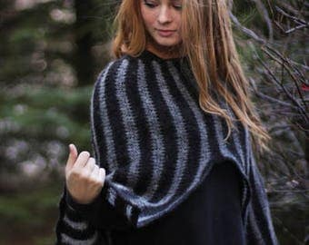 Handknitted poncho from icelandic wool