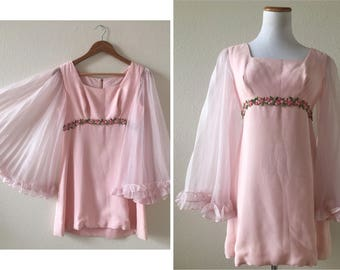 vintage 60's PINK ANGEL SLEEVES mini dress - small