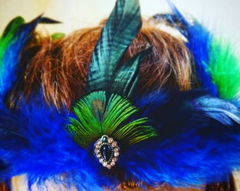Blue and green feather crown