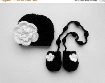 SALE 15% DISCOUNT Baby Girl Hat and Mittens , Knit SET Hat and Mittens , Baby Girl Outfit , Knit Baby Hat and Mittens , Winter Girls Hat