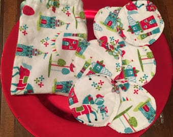 SALE! Nursing Pads.  Reusable & washable.  6 Nursing Pads and toiletry bag