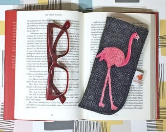 Flamingo glasses case - flamingo spectacles case - Harris Tweed glasses case - embroidered flamingo - black Harris Tweed - flamingo gift