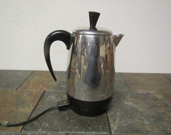 Vintage Farberware Superfast Electric coffee pot 138B 8 cup Coffee maker * Stainless steel pot