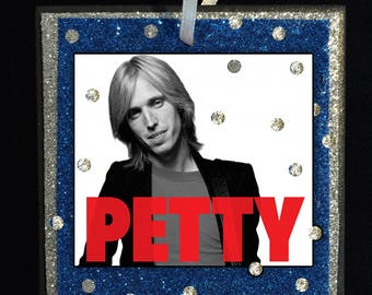 PETTY Ornament