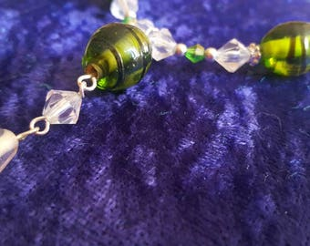 Beaded necklace green, silver, white