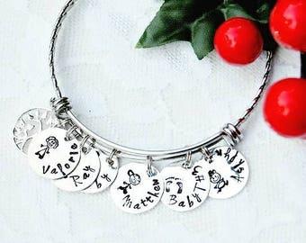 Family Charm Bracelet, Stick Figure Family, Mother's Day Bracelet, Mother's Day Bangle, Family Charm Bangle, Personalized Bracelet, New Mom
