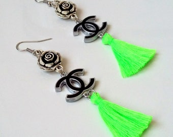 Chanel earrings with fluo green tassels